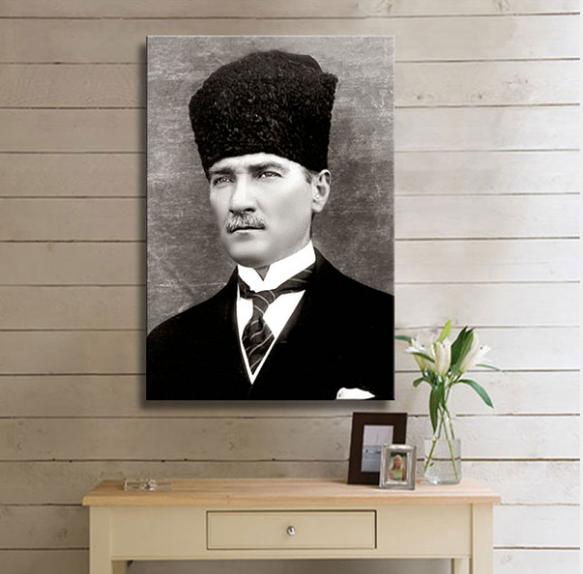 Atatürk'ün En İyi Kalitede Kanvas Tabloları 1